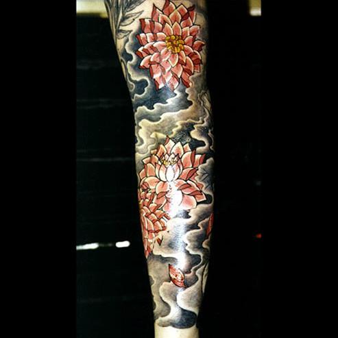 Новое видео о легендарных татуировщиках журнала Vice. Изображение № 9.