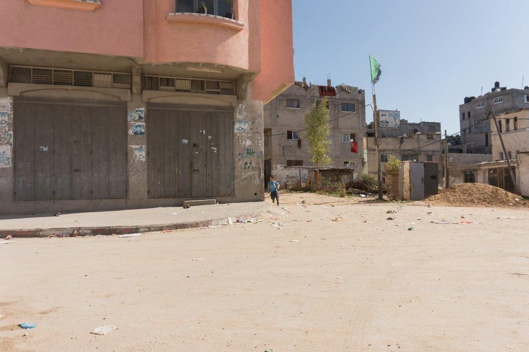 «Самая большая тюрьма в мире»: Путешествие в сектор Газа . Изображение № 19.