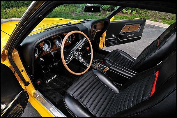 Маслкар Shelby GT500, принадлежавший своему создателю Кэроллу Шелби, выставлен на аукцион. Изображение № 5.
