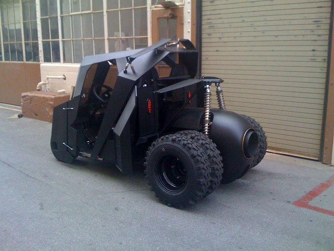На eBay выставили на продажу «гольф-кар Бэтмена». Изображение № 2.