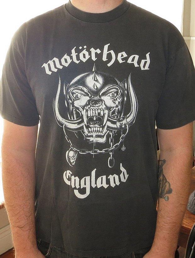 Minor Thread: Тысячедневный марафон футболок с логотипами музыкантов. Изображение № 12.