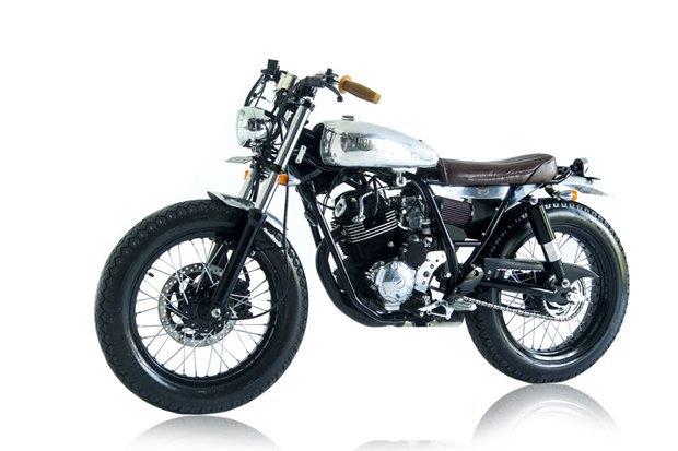 Мастерская Deus Ex Machina собрала новый мотоцикл на базе Yamaha SR400. Изображение № 10.