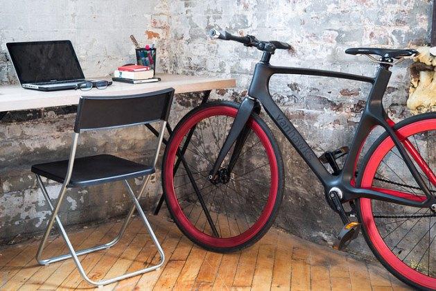 Велофирма Vanhawks собирает деньги на футуристический велобайк. Изображение № 2.