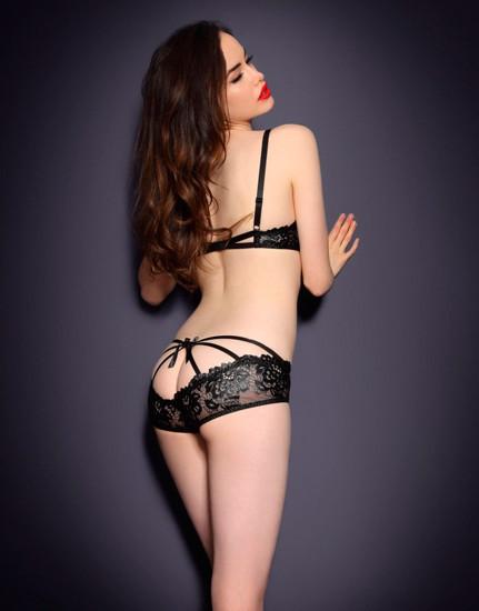 Австралийская модель Сара Стивенс снялась в рекламе Agent Provocateur . Изображение № 19.