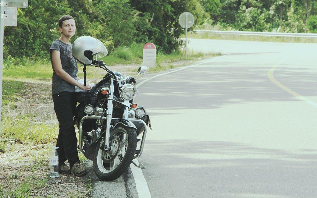 Две девушки и один мотоцикл: Путешествие по Камбодже. Изображение № 12.