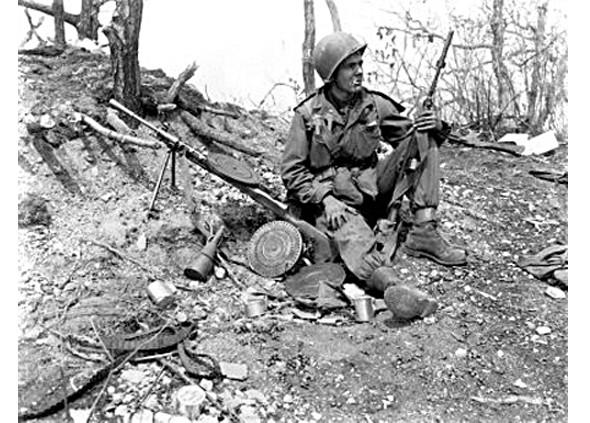 Американский солдат в куртке M-65 во время вьетнамской войны. Изображение № 3.