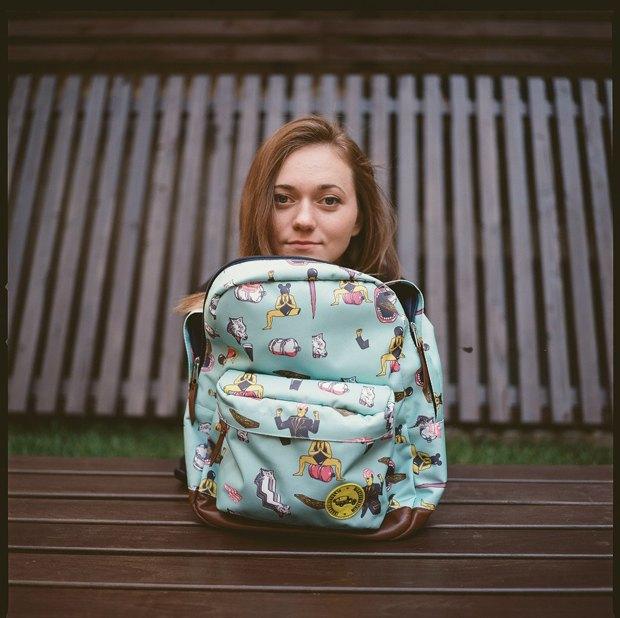 Дизайнер Никита Грузовик и художник Flakonkishochki анонсировали капсульную коллекцию рюкзаков. Изображение № 5.