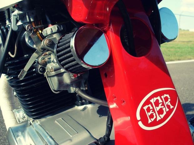 Мастерская Bare Bone Rides выпустила каферейсер на основе Honda CB200T. Изображение № 5.