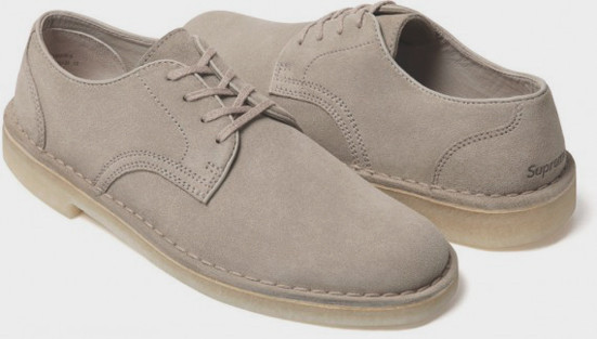 Марки Supreme и Clarks выпустили совместную модель обуви. Изображение № 4.