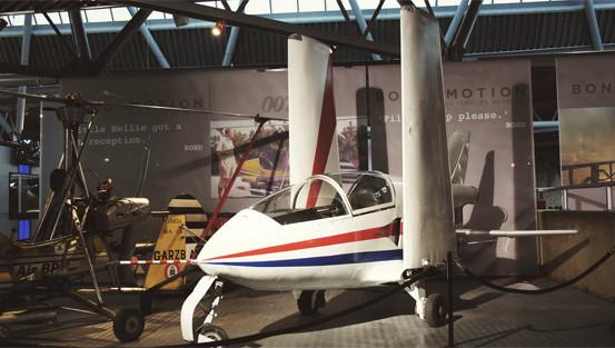 Репортаж с выставки машин Джеймса Бонда. Изображение № 10.