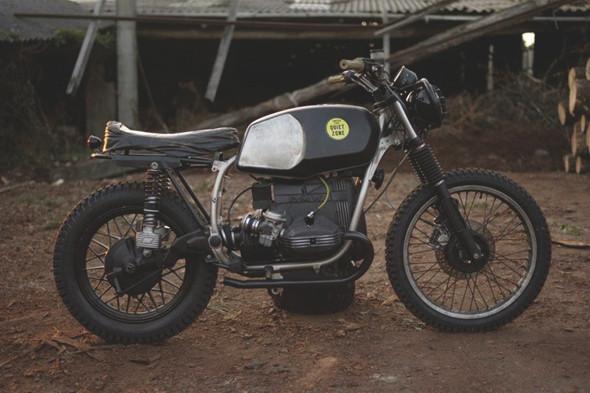 Новый проект испанской мастерской El Solitario —мотоцикл BMW R45. Изображение №3.