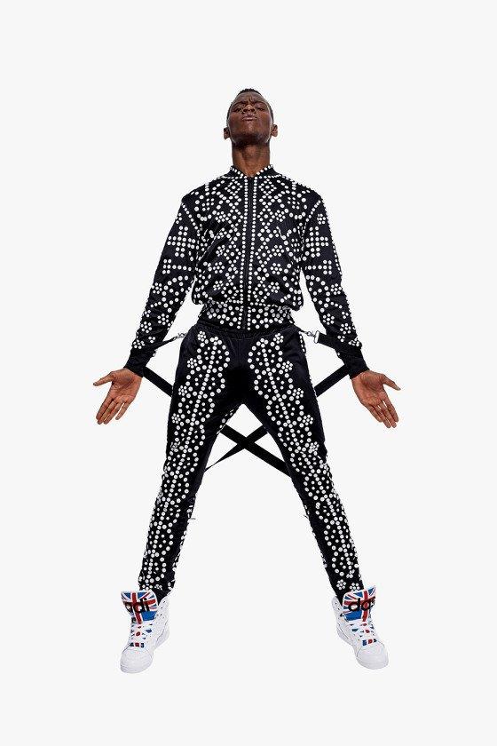 Adidas Originals и Джереми Скотт выпустили лукбук новой коллекции. Изображение № 19.