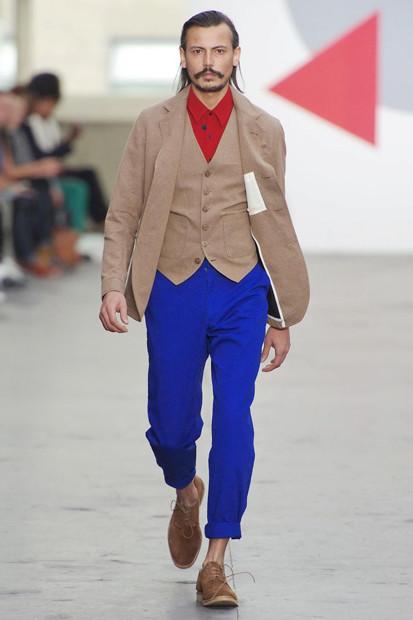 Марка Oliver Spencer выпустила летнюю коллекцию одежды. Изображение № 27.