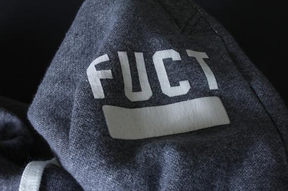 Примеры вещей и принтов из предыдущих коллекций марки FUCT. Изображение № 12.