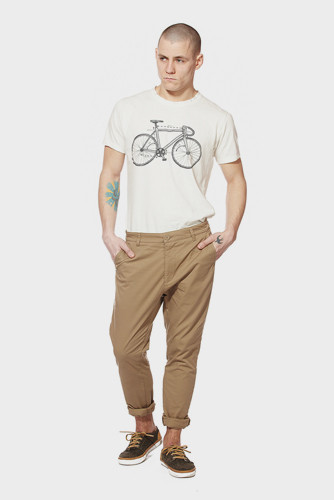 Петербургская марка Devo представила новую коллекцию одежды. Изображение № 42.