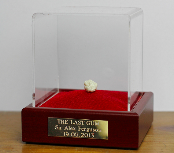 Последняя «футбольная» жвачка Алекса Фергюсона выставлена на eBay. Изображение № 1.