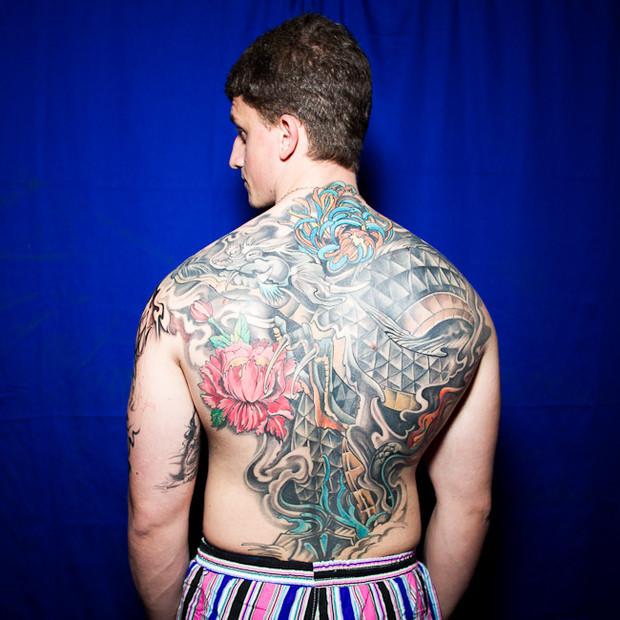 Разговоры за спиной: Обладатели «забитых» спин рассказывают о сюжетах своих татуировок. Изображение №5.