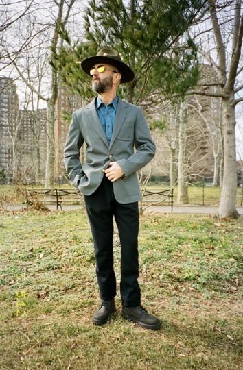 Дизайнер Адам Киммел и марка Carhartt опубликовали лукбук совместной коллекции одежды. Изображение № 7.