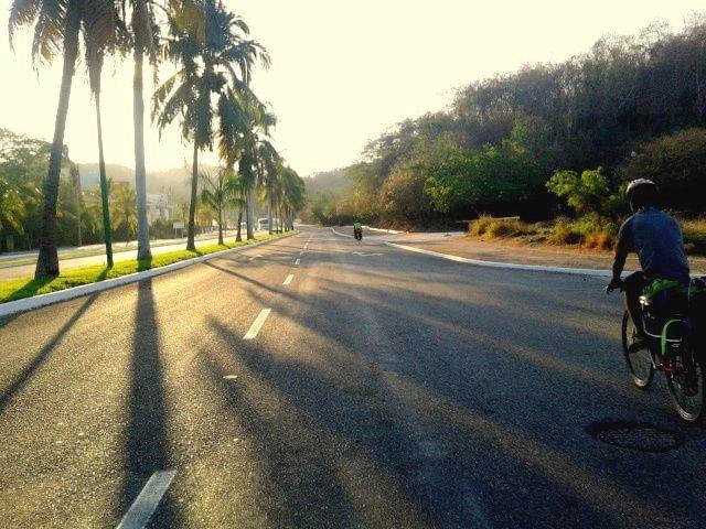 «Вся наша жизнь состоит из спусков и подъёмов»: Как я пересёк Мексику на велосипеде. Изображение № 12.