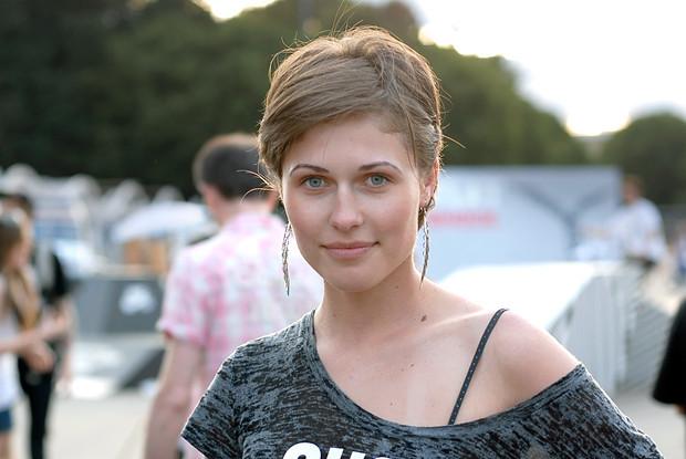 Красивые девушки на выставке Faces & Laces. Изображение № 15.