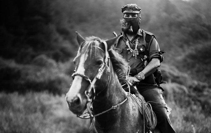 Портрет: Субкоманданте Маркос — мексиканский революционер . Изображение № 9.