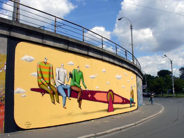 Скетчбук: Участники граффити-дуэта из Киева Interesni Kazki рассказывают о своих лучших работах. Изображение № 4.