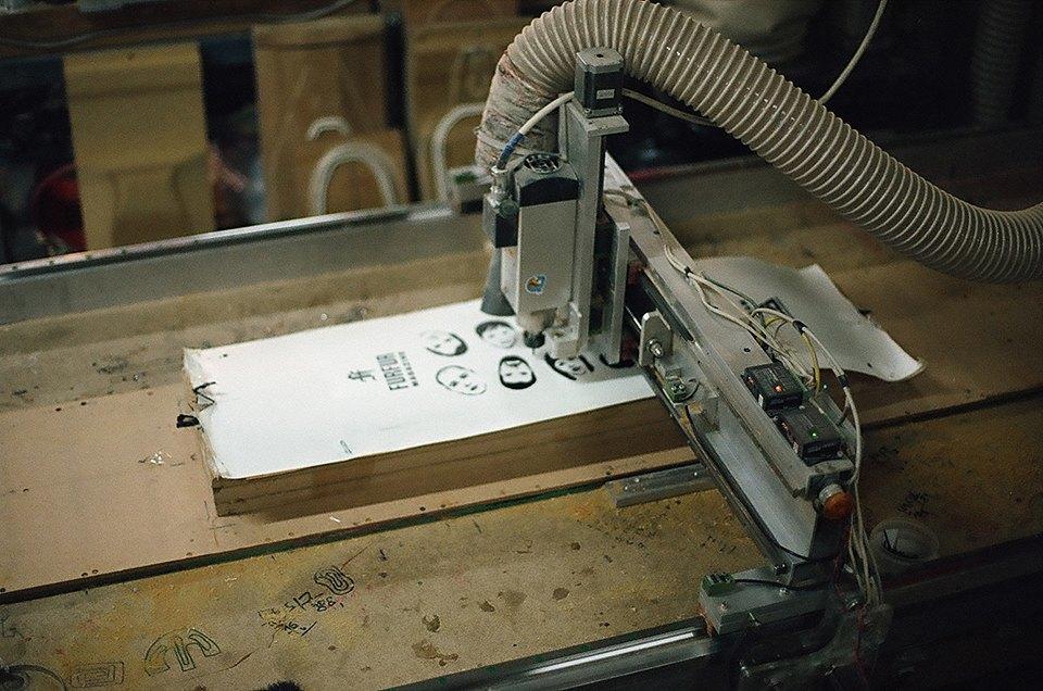 FURFUR х Pepper Customs: Как выглядит процесс создания лонгборда. Изображение № 21.