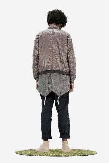 Марка Maharishi опубликовала лукбук весенней коллекции одежды. Изображение № 5.