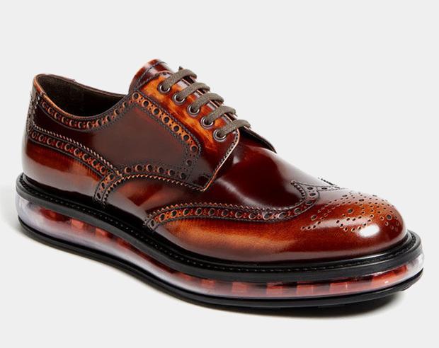 Как классическую обувь поставили на спортивную подошву и стоило ли это делать. Изображение № 4.