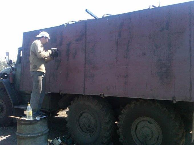 Как самодельная военная техника участвует в настоящих сражениях. Изображение № 43.