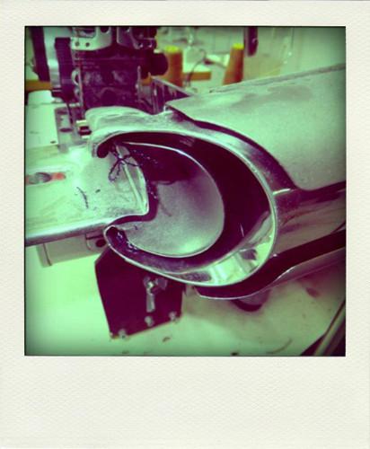 Фотографии с фабрики, где производятся вещи Grunge John Orchestra. Explosion. Изображение № 15.