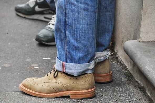 Изображение 22. Шарфы, клатчи, клетчатые пиджаки и подвернутые джинсы.. Изображение № 58.