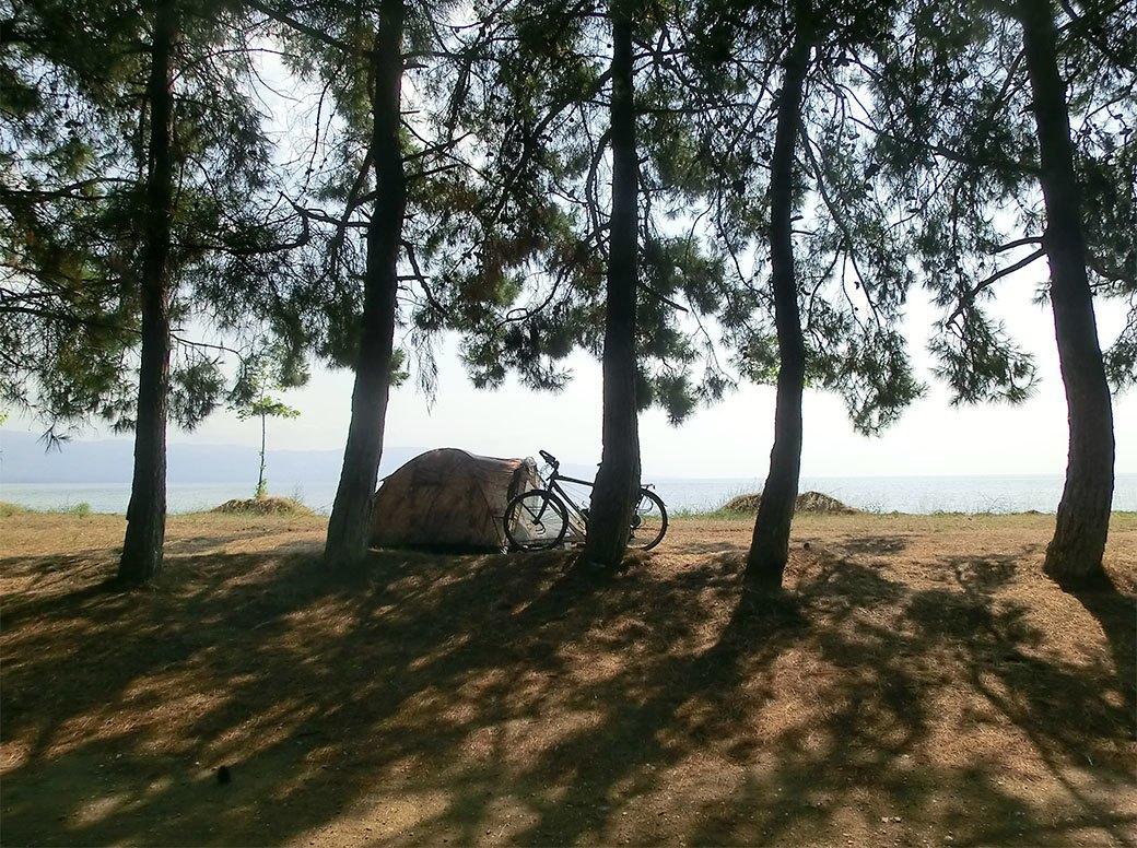 Домашний арест, ночь в пещере и автокатастрофа: Путешествие из Украины в Пакистан на велосипеде. Изображение № 8.