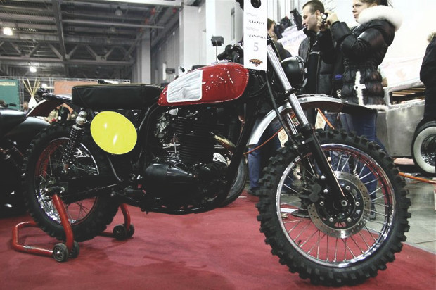 Лучшие кастомные мотоциклы выставки «Мотопарк 2012». Изображение №15.