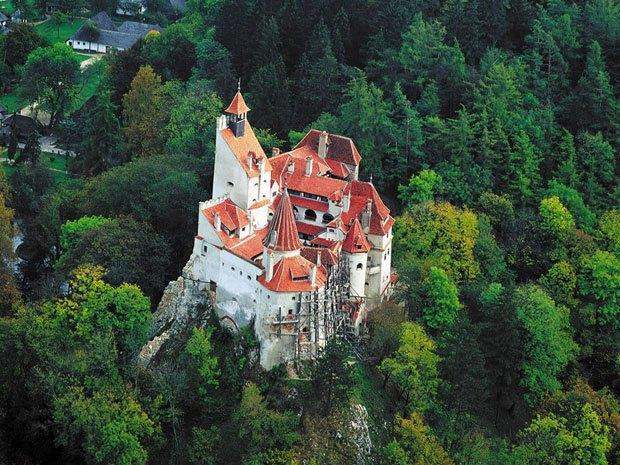 Замок Дракулы продадут с аукциона. Изображение № 1.
