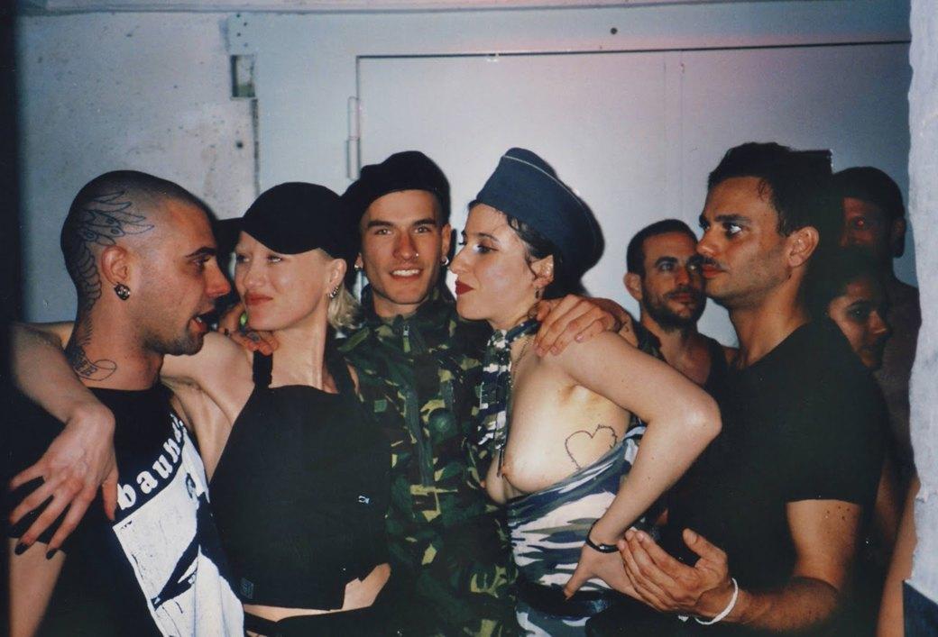 Ана Алекс Табатадзе: «Нагота — естественная реакция, если ты танцуешь до пота». Изображение № 10.