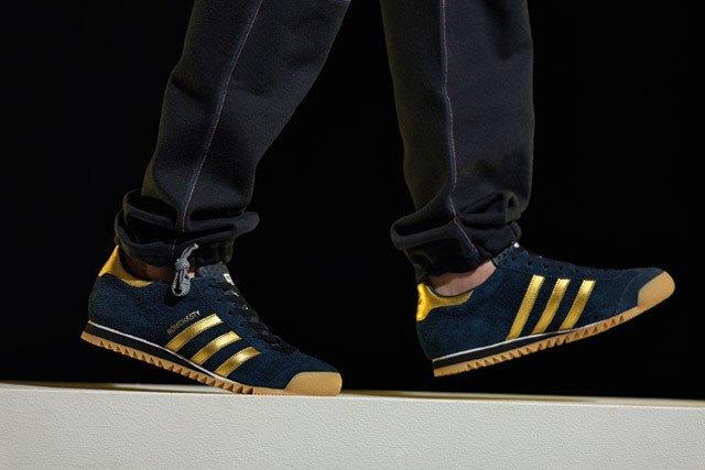 Марка Adidas и дизайнер Марк МакНейри представили совместную коллекцию одежды. Изображение № 2.