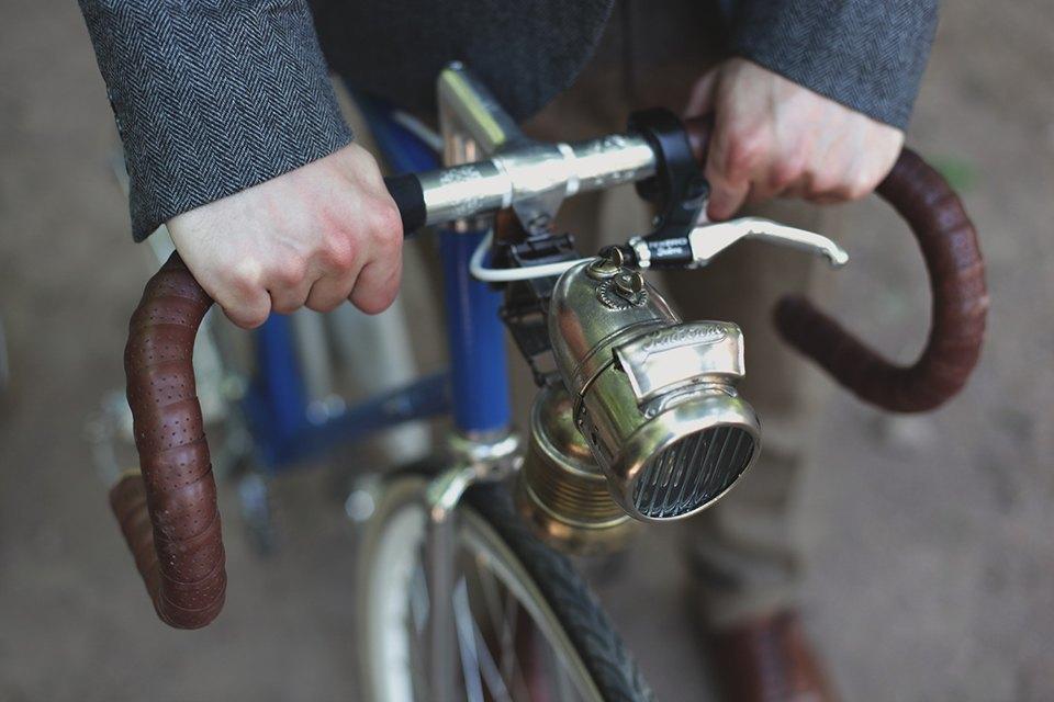 Детали: Репортаж с велозаезда Tweed Ride Moscow. Изображение № 11.