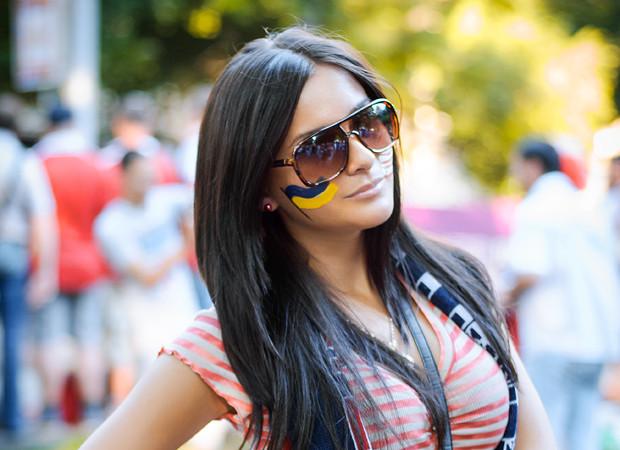 Красивые девушки на матчах Евро-2012. Изображение № 4.