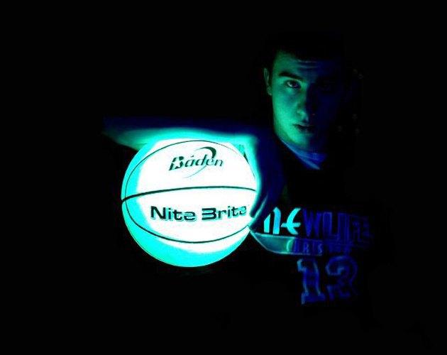 Что нужно для занятий спортом в ночное время. Изображение № 8.