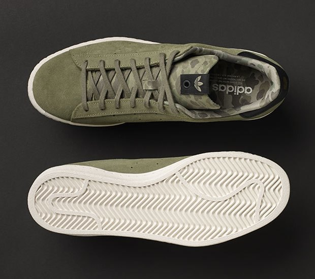 Марки A Bathing Ape, Undefeated и Adidas Originals представили совместную коллекцию кроссовок. Изображение № 5.