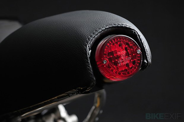 Мастерская Venier Custom собрала новый байк Ducati 999S Testastretta. Изображение № 5.