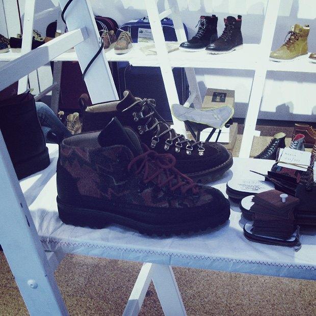 Pitti Uomo 2013: Репортаж с первого дня выставки, стенды Barbour, Onitsuka Tiger и другие . Изображение № 16.