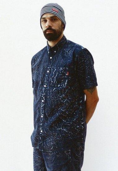 Марка Supreme выпустила лукбук весенней коллекции одежды. Изображение № 15.