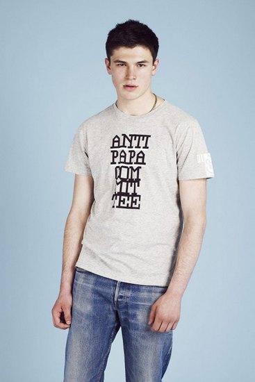 Французская марка A.P.C. выпустила лукбук весенней коллекции одежды. Изображение № 21.