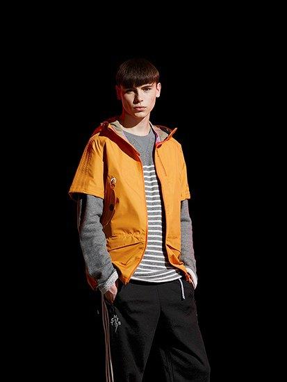 Марка Adidas Originals и дизайнер Казуки Кураиши запустили новую линейку одежды. Изображение № 2.