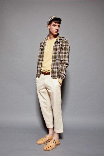 Марка YMC опубликовала лукбук весенней коллекции одежды. Изображение № 10.