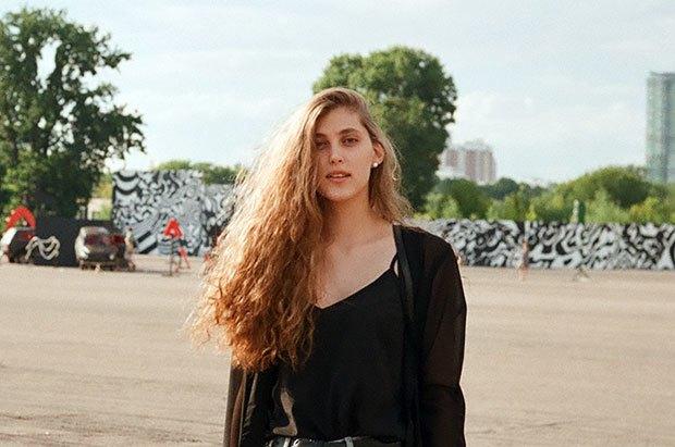 Девушки в городе: Фоторепортаж с фестиваля Outline. Изображение № 16.