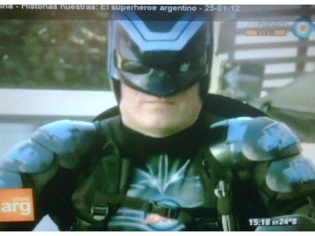 Аргентинская полиция арестовала местного «супергероя». Изображение № 4.