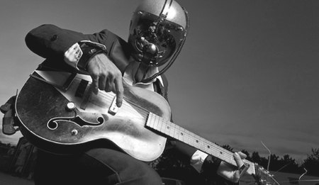 Очень плохая музыка: Первобытный рок-н-ролл лейбла Voodoo Rhythm. Изображение № 1.